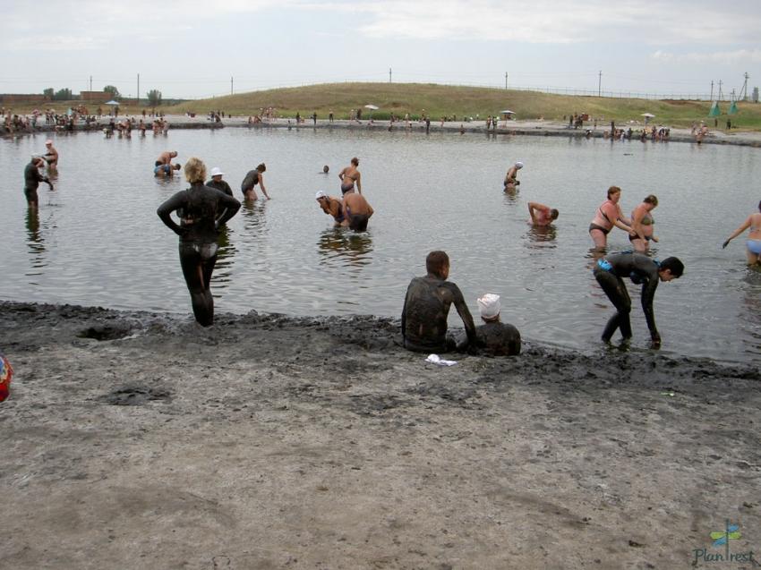 Вода и грязь соленых озер. Мифы и реальность