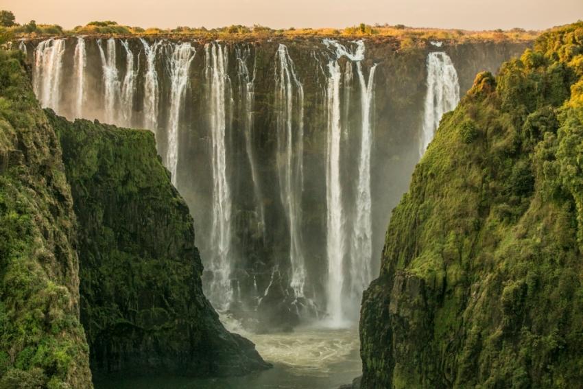 Природные объекты всемирного наследия. Водопад Виктория