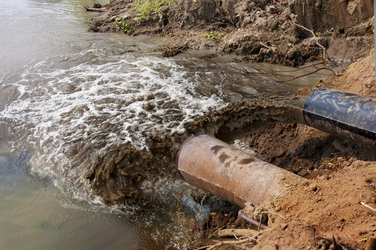 Картинка сточные воды в реки